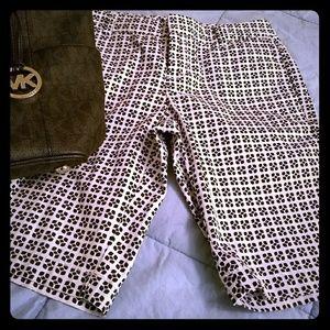 Black and white pattern Bermudas shorts